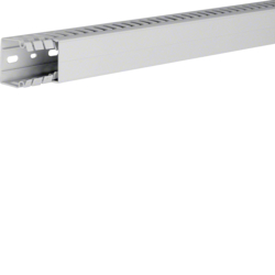 HA740040 slottet panel trunking HA7 40x40, lg