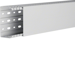 HA760100 slottet panel trunking HA7 60x100, lg